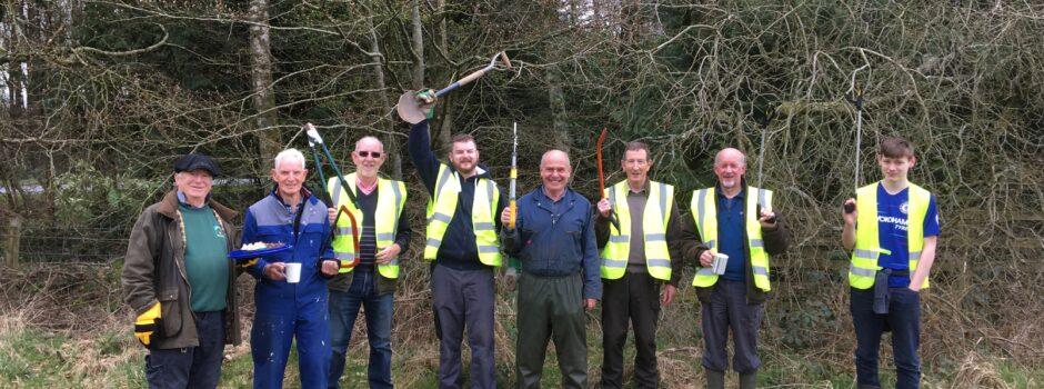 castle loch volunteers ready for work