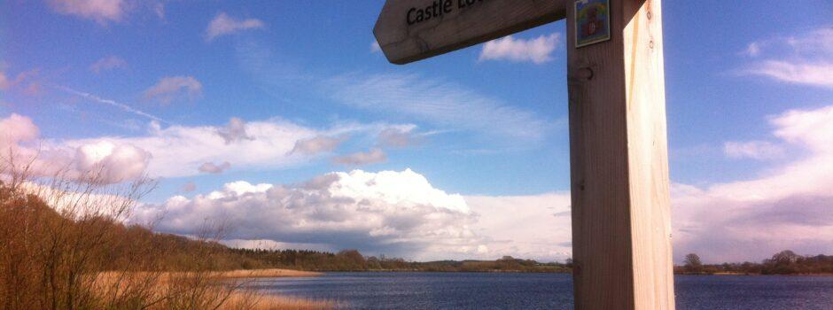 castle loch walk sign